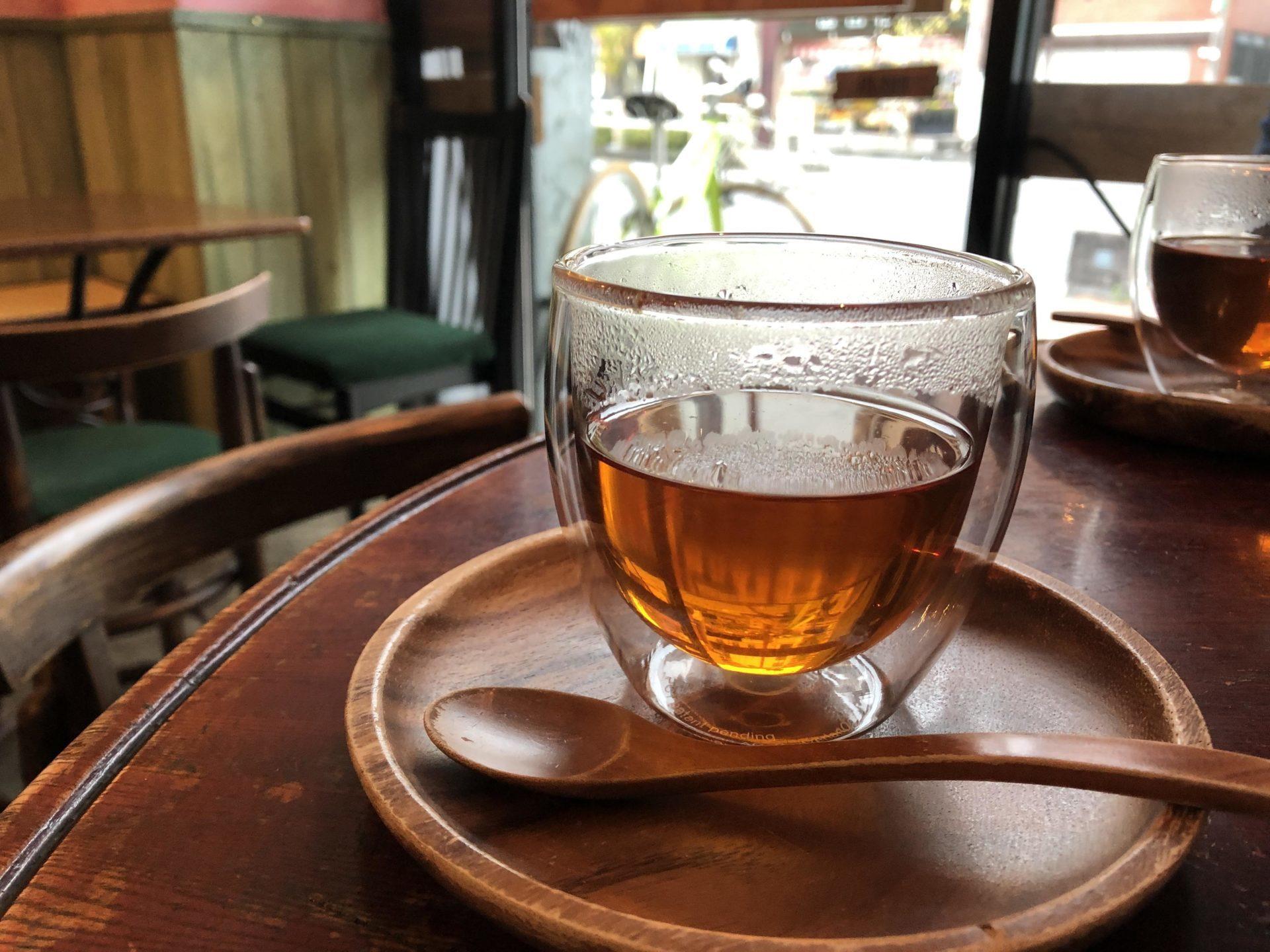 青梅和紅茶(ダージリン+ほうじ茶) \600